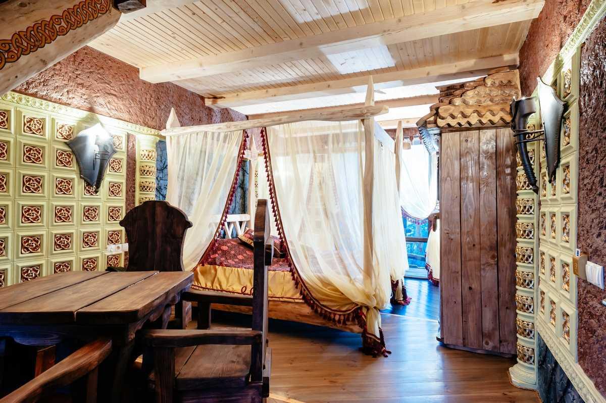 Дворівневий номер люкс Княжий на 4-х гостей
